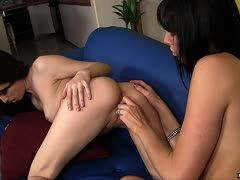 Geiler Lesbensex mit Mollo Milano und Aiden Ashley